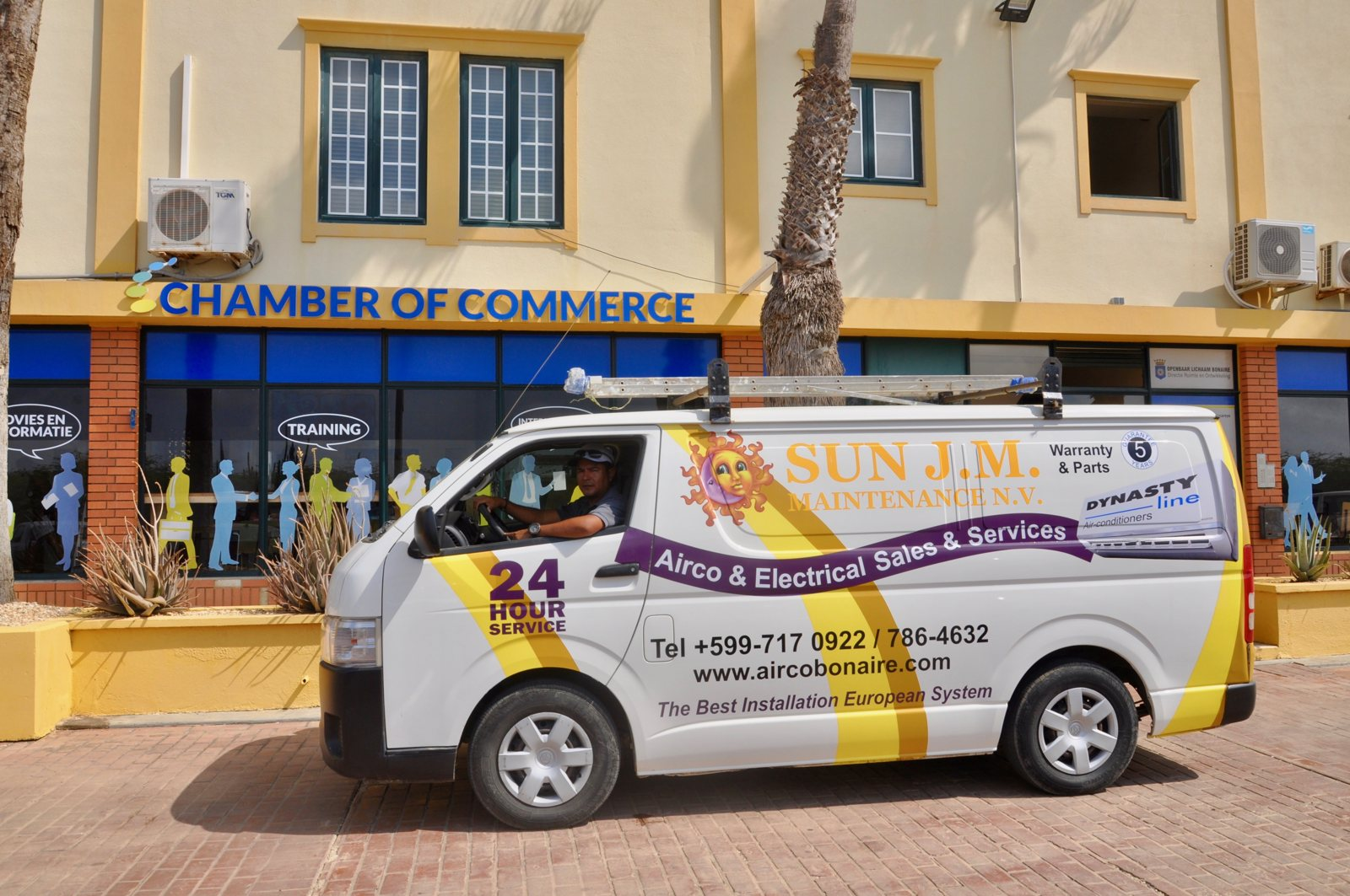 Airconditioning at the Chamber of Commerce Bonaire